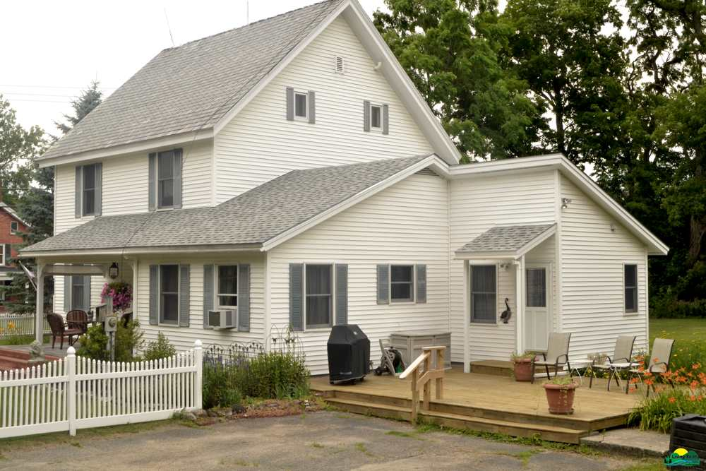 1282 Middle Rd, Willsboro, NY